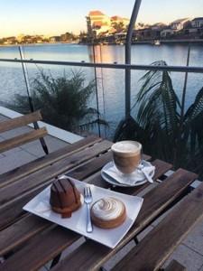 cafe De Maxime